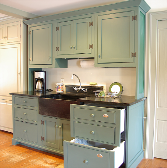 Kitchen Renovation Size Requirements: One Approach To Old House Kitchen Renovations