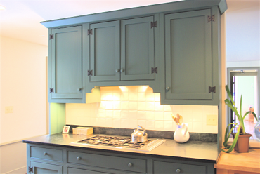 One approach to old house kitchen renovations for How to make old cabinets look modern