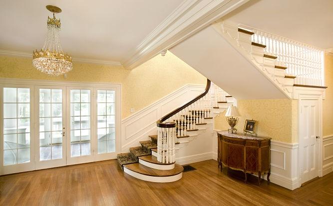Colonial Revival Restoration